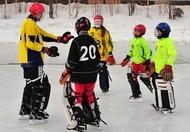 С юными хоккеистами